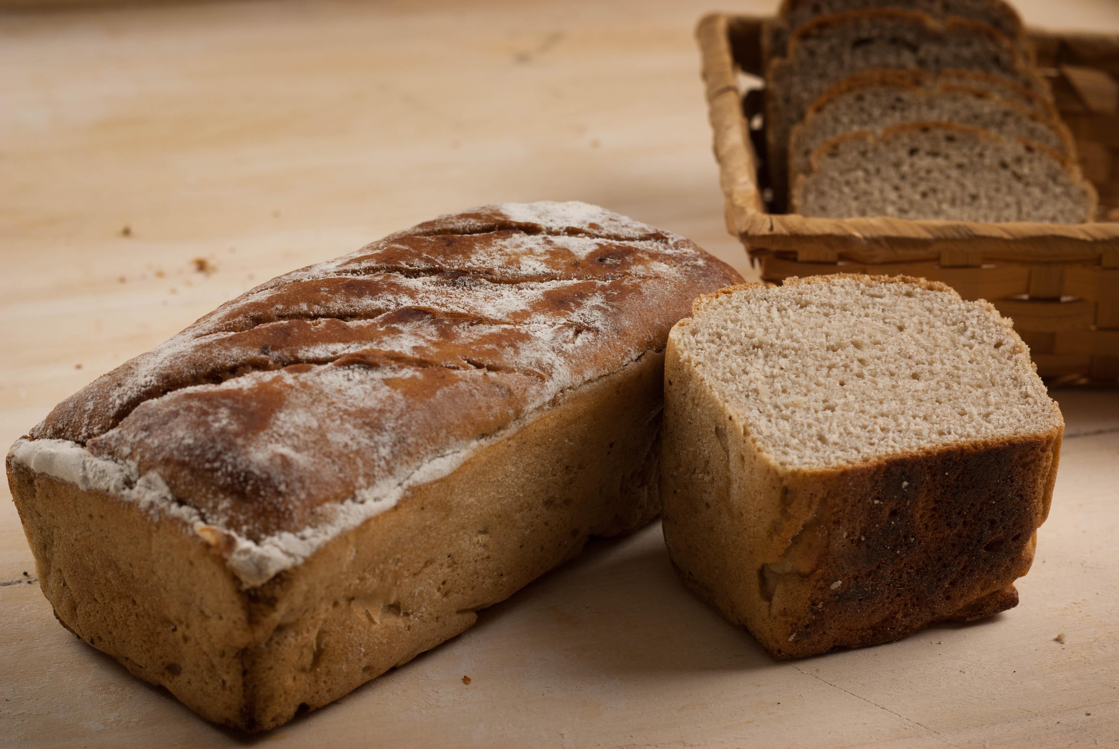 chleb żytni.jpg